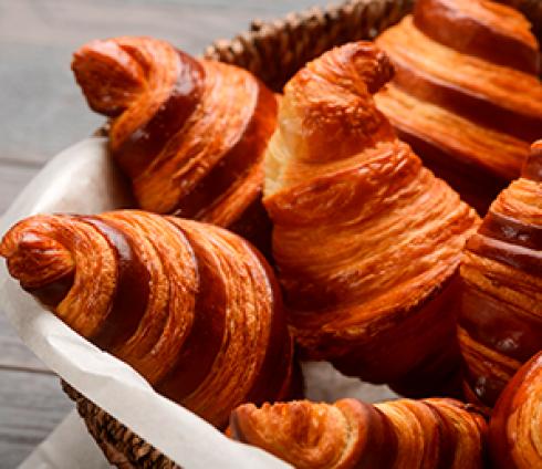 Pour le Petit-déjeuner, ou le goûter : Croissant ou pain au chocolat